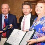 Prolírica, en sus 25 años, recibe el Escudo de Antioquia
